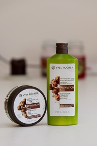Yves Rocher regenerační šampón a maska na vlasy s bio jojobovým olejem