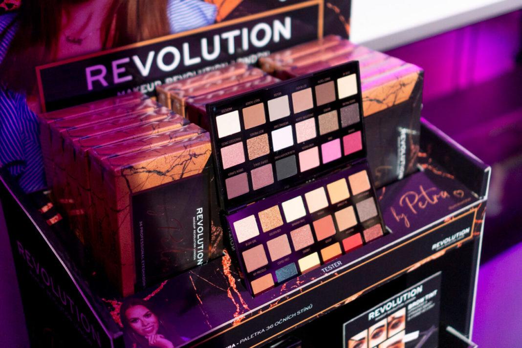 Představení paletky Makeup Revolution by Petra - OK-makeup